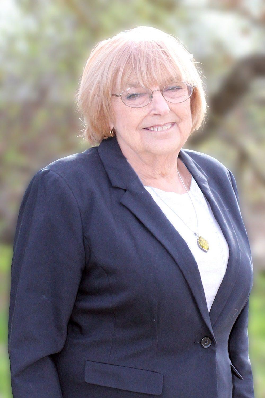 picture of Linda Deuel